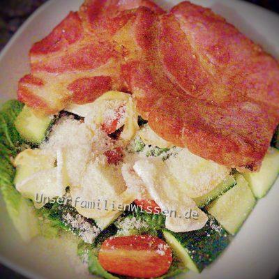 Kasseler mit Romanasalat Rügener Käse und Tomaten-Basilikum Mayo